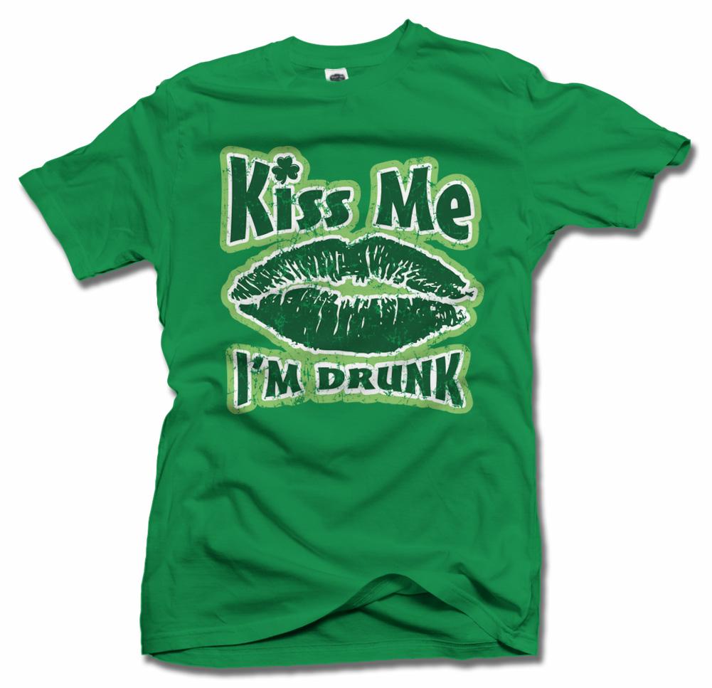 KISS ME I'M DRUNK Model