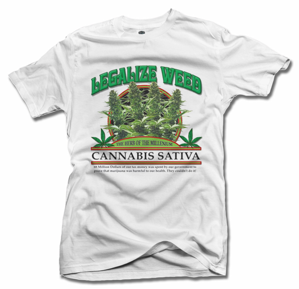 LEGALIZE WEED CANNABIS SATIVA T-SHIRT Model