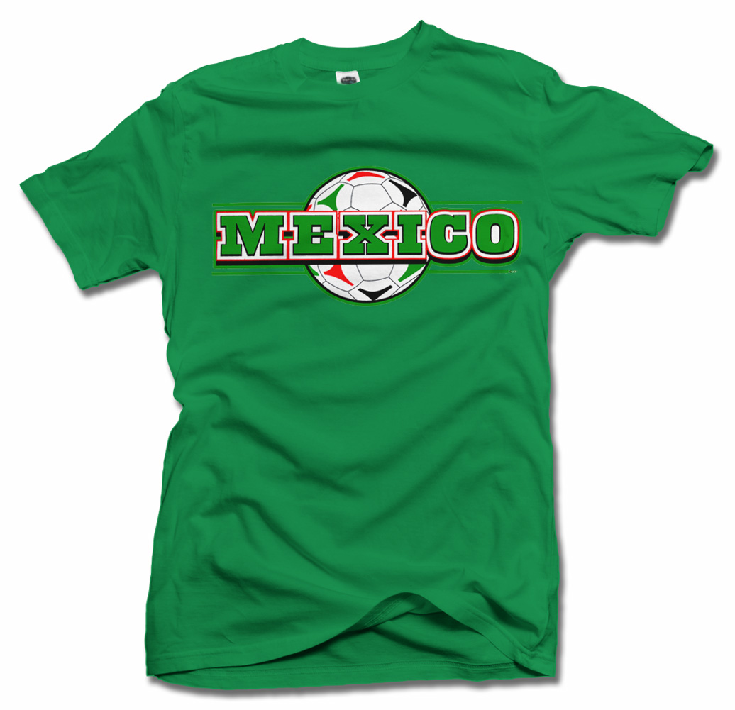 MEXICO CHAMPIONS GREEN FUTBOL T-SHIRT Model