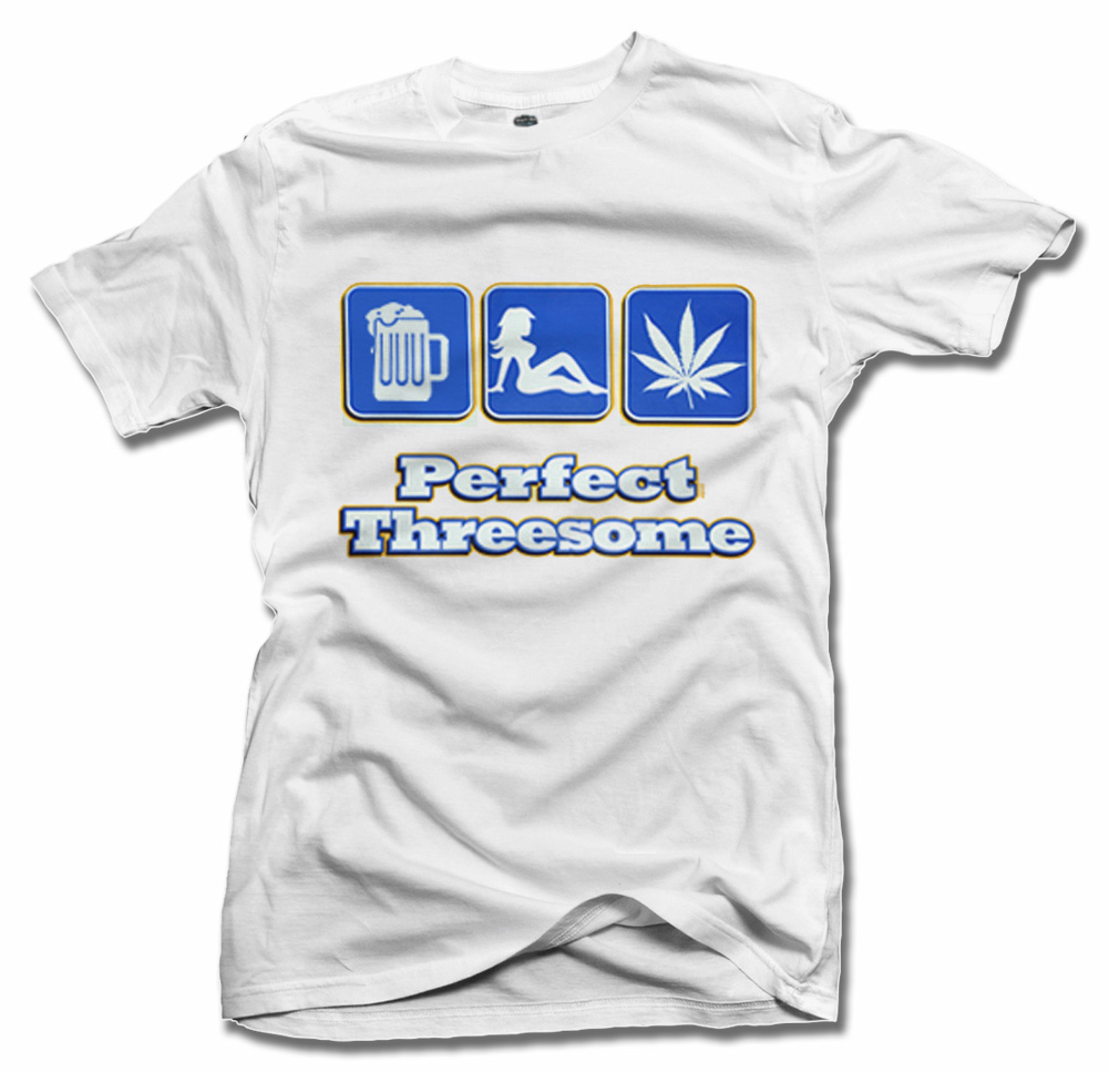 PERFECT THREESOME GANJA T-SHIRT Model