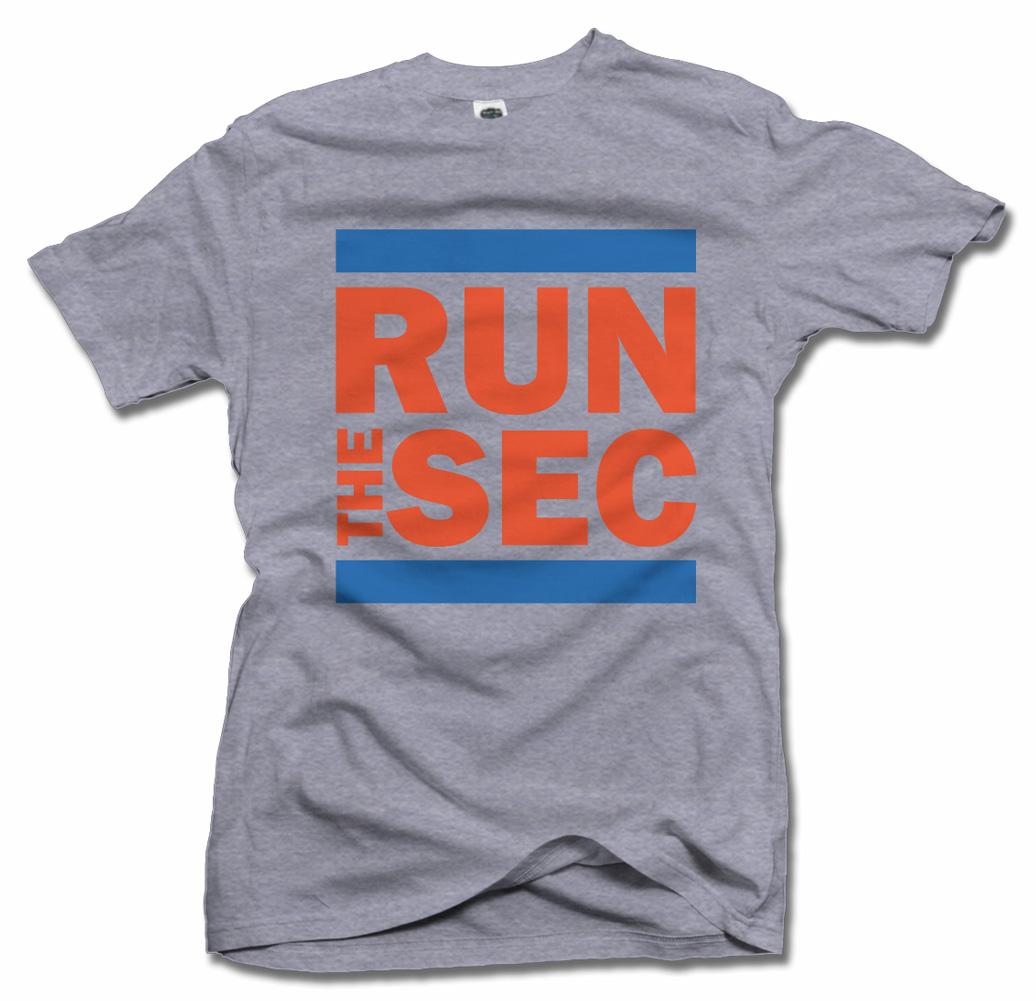 RUN THE SEC FUNNY FLORIDA T-SHIRT Model