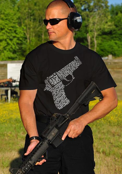 LIVE BY THE 2ND GUN T-SHIRT Model